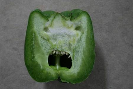 Green peppers even hate themselves