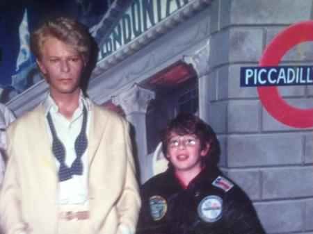 Olly hanging out with his taciturn pal David Bowie at Rock Circus